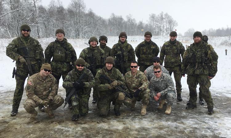 Výcvik Urban Area Reconnaissance se konal u 102. průzkumného pluku v Prostějově od 29. února do 2. března a zahrnoval nácvik prozkoumávání terénu. Američtí vojáci předali českým kolegům své zkušenosti s průzkumem z bojových operací v Iráku a Afgánistánu a vyzkoušeli si střelbu z ručních zbraní CZ-805 Brne a CZ-75 a odstřelovací pušky SVDN Dragunov.