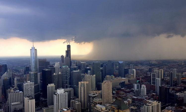 Dominik Tesár, Hněv chicagských nebes, John Hancock Tower, Chicago, IL - Celkový vítěz foto soutěže Amerika tvýma očima 2017 a vítěz facebookového hlasování v kategorii města